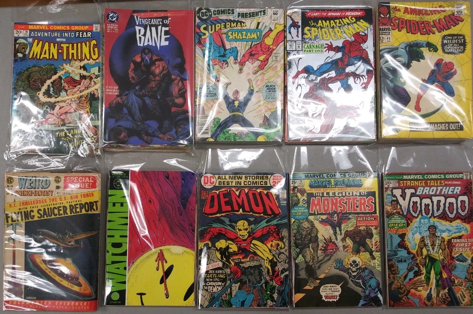 Comic book mystery bag S4 key issues: 1 in 10 chance of pulling one. Includes 1st Howard the Duck, 1st Bane, 1st Carnage, Watchmen 1, Demon 1 and 1st Brother Voodoo in Strange Tales #169